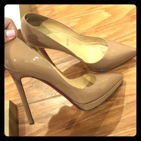 3b9ccc972ab7 Christian Louboutin Shoes - Auth CL Pigalle Plato 120 Patent Calf in Nude
